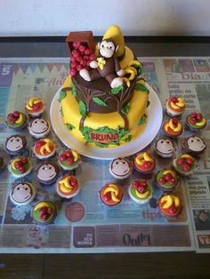 A B birthday Curious George Party, Curious George Birthday, First Birthday Parties, First Birthdays, Birthday Cakes, Birthday Ideas, Baby Cinderella, Ideas Para Fiestas, Party Time