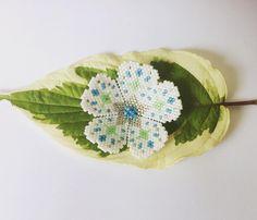 """1 mentions J'aime, 1 commentaires - Lollipuce (@lollipuce) sur Instagram : """"Petite fleur pour le BAL du mois de juillet dans le groupe Facebook perles miyuki. Sur l'idée de…"""""""