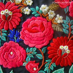 Vietnam's flower embroidery