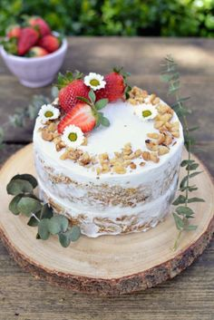 Naturally Sweet Vegan Carrot Cake