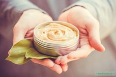 Natural Remedies for Psoriasis.What is Psoriasis? Causes and Some Natural Remedies For Psoriasis.Natural Remedies for Psoriasis - All You Need to Know Creme Psoriasis, Psoriasis Skin, Rosacea, Herbal Remedies, Health Remedies, Natural Remedies, Tips Fitness, Natural Make Up, Skin Cream