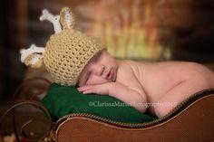 Baby Reindeer Hat Deer Cap Animal Ears Beanie by HandmadeTrend Baby Boy Photos, Newborn Photos, Newborn Crochet, Crochet Baby, Christmas Beanie, Reindeer Hat, Popular Crochet, Baby Deer, Animal Ears