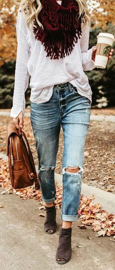 #winter #outfits  gray denim distressed jeans. Pic by @vicidolls.