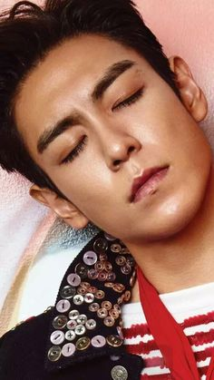 Everything will be ok,right Oppa? #staystrongTOP