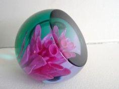 Signed Caithness Art Glass Scotland PINK DAHLIA Faceted Paperweight Flower