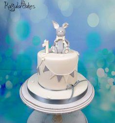 Bunny cakes - cake by Kajulacakeslbc Bunny Cakes, Mary, Baby Shower, Desserts, Babyshower, Tailgate Desserts, Deserts, Postres, Dessert
