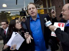 Yankees fire part-time ticket taker for Curt Schilling tweets