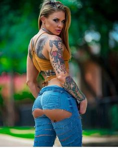 Tattooed Girl ♥️☆·mAx·☆♥️