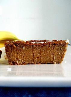 Un fondant à la banane et aux patates douces, vegan, paleo, sans gluten, sans lactose, sans sucres ajoutés et sans matières grasses ajoutées. 100% healthy !