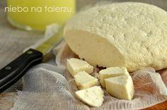 Jak zrobić domowy twaróg - niebo na talerzu Make Cream Cheese, White Cheese, Feta, Romanian Food, Polish Recipes, Slow Food, Cakes And More, Food To Make, Spices