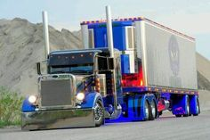 US Trailer can buy used trailers in any condition to or from you. Contact USTrailer and let us rent your trailer. Click to http://USTrailer.com or Call 816-795-8484