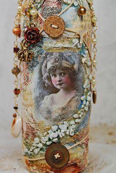Altered Art Bottle with Crystal Jar Crafts, Bottle Crafts, Shell Crafts, Bottles And Jars, Glass Bottles, Genie In A Bottle, Jar Art, Altered Bottles, Bottle Art