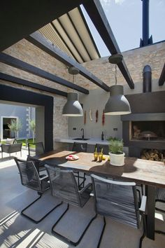Outdoor Deck Ideas – As soon as you finished design the interior of the house, you will start planning the layout of house outside area. Outdoor deck idea is one . Rustic Outdoor Kitchens, Modern Outdoor Kitchen, Outdoor Kitchen Bars, Modern Kitchens, Modern Patio, Outdoor Areas, Outdoor Rooms, Outdoor Dining, Outdoor Decor