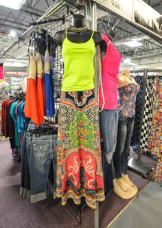 Easy, Breezy outfit, beautiful colors and just in time for summer, at Nina's Place!