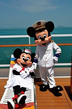 Mickey & Minnie ~ Cruisin'