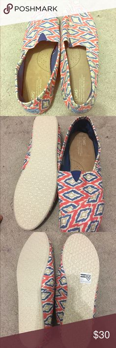 Brand New TOMS Printed Flats Size 12 Never worn brand new with tags just smig big for me TOMS Shoes Flats & Loafers