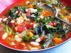Easy International Recipes: Rustic Tuscan Bean Soup Recipe