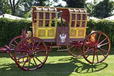 the new bridal carriage for the Landshuter Hochzeit 1475  golden vehicle that Princess Hedwig of Poland used for her long journey to Landshut to wed Duke George the Rich of the Lower Bavarian branch of the Wittelsbach dynasty