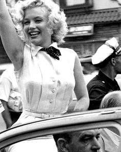 """Marilyn Monroe leading the Miss America Parade in Atlantic City, 1952. """