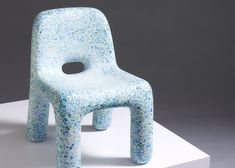 Plastic furniture made from old toys introduces kids to the circular economy Sofa Furniture, Kids Furniture, Furniture Making, Furniture Design, Recycled Furniture, Colorful Furniture, Recycled Toys, Plastic Design, Circular Economy