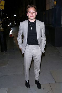 Finn Cole attends a intimate dinner co-hosted by LOUIS XIII & Vanity Fair celebrating the brand's Years' campaign on September 2018 in London, Englan Get premium, high resolution news photos at Getty Images Finn Cole, Joe Cole, Michael Peaky Blinders, Hottest Male Celebrities, Celebs, Handsome Actors, Attractive People, Hot Boys, Cute Guys