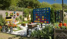 Beautiful Interessante Gartengestaltung Und Wanddeko Mit Bunten Blumentöpfen