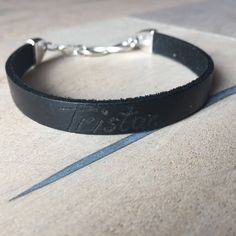 Lederband Armband mit Gravur Infinity von MadebyCathyBo auf Etsy