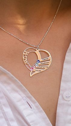 Mom or Grandma will LOVE this Christmas Gift  Personalized Mom necklace - 30% OFF  Guaranteed Christmas Shipping