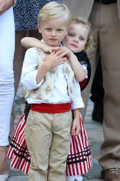 - Photo 1 - Prince Albert and Princess Charlene's adorable twins constantly steal the show whenever they step out. Click through for a look at Prince Jacques and Princess Gabriella's cutest photos. Kelly Monaco, Charlene Of Monaco, Princesa Grace Kelly, Princesa Charlene, Casa Real, Prince Albert Children, Montecarlo Monaco, Photos Of Prince, Monaco Royal Family