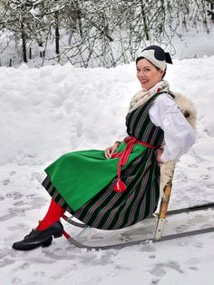 Folk Costume, Costumes, Folk Clothing, Traditional Dresses, Baby Strollers, Boots, Frozen, Europe, Embroidery