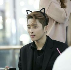 Guess my new favourite thing on him is cat ears. Joker, Fandom, Kard Bm, Rapper, Diana, Korean Pop Group, Dsp Media, Girl Themes, If You Love Someone