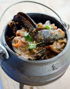 seafood potjie - in a much smaller potjie image seafood . - Madison Mcclain - seafood potjie - in a much smaller potjie image seafood . seafood potjie - in a much smaller potjie image seafood . South African Dishes, West African Food, South African Recipes, Braai Recipes, Fish Recipes, Seafood Recipes, Cooking Recipes, Cooking Ideas, Food Ideas
