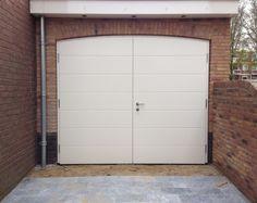 Van Straaten houten garagedeuren model Hilversum - Houten garagedeuren - Van Straaten® Houten Deuren