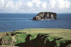 Dore Holm, Shetland