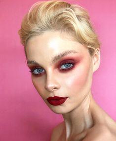 67 Trendy Makeup Red Eyeshadow Make Up Red Makeup, Love Makeup, Makeup Inspo, Makeup Art, Makeup Inspiration, Beauty Makeup, Red Eyeshadow Makeup, Eyeshadow Ideas, Makeup Goals