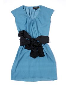 This might be my favorite shade of blue. Love the way it ties at the waist.