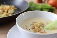 Apfel Sellerie Suppe - das Rezept dazu findest du am Blog!