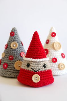 Crochet Christmas amigurumi - santa claus and christmas trees with buttons