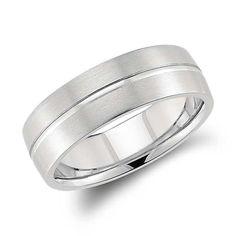 Single Rail Comfort Fit Wedding Ring in Platinum (7mm)