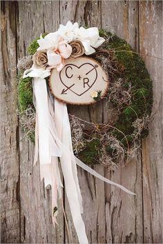 rustic moss wedding wreath / http://www.himisspuff.com/wedding-wreaths-ideas/9/