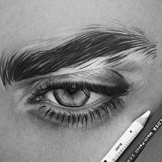 Beautiful art uploaded by ré❈ on We Heart It - Zeichnung Cool Art Drawings, Pencil Art Drawings, Art Drawings Sketches, Pencil Sketches Of Faces, Realistic Eye Drawing, Eye Drawing Tutorials, Eye Art, Art Sketchbook, Aesthetic Art