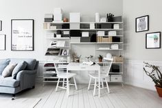 Hornsgatan 33A, vån 4, Stockholm - Svensk Fastighetsförmedling Office Desk, Dining Table, Living Room, Interior Design, Luxury, Stockholm, Furniture, Home Decor, Houses