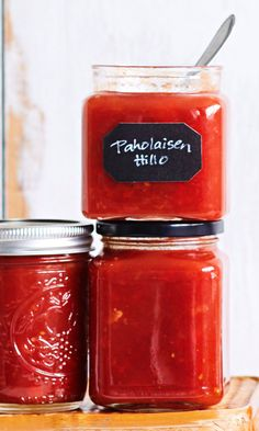 Paholaisen hillo – kuin kotitekoinen sweet chili -kastike | Maku Cookery Books, Tasty, Yummy Food, Sweet Chili, Food Trends, Spicy Recipes, Food Festival, Healthy Smoothies, Food Inspiration