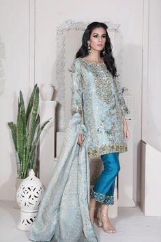 All Details You Need to Know About Home Decoration - Modern Pakistani Formal Dresses, Pakistani Wedding Outfits, Pakistani Dress Design, Pakistani Bridal, Indian Dresses, Indian Outfits, Pakistani Clothing, Shadi Dresses, Wedding Hijab