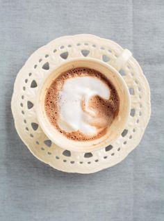 Recette de Ricardo de café au chocolat au lait et mousse à la noisette