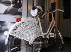 Bicicletas e acessórios lindos para pedalar por aí - enfeites para as rodas