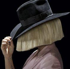 Sia sera en #concert unique au Mandalay Bay Events Center (Mandalay Bay Resort and Casino) en octobre prochain ! #sia #LasVegas