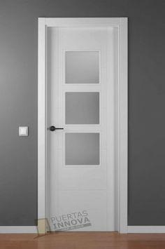 Puerta maciza abatible doble con fijo y vidriera con for Oferta puertas blancas interior