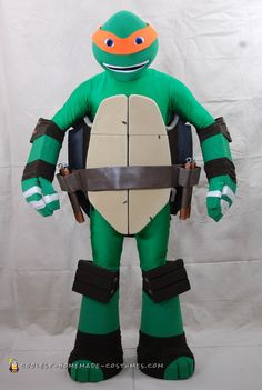 Teenage Mutant Ninja Turtle [Michelangelo] - Costume: 19 Steps (with Pictures) Turtle Costumes, Scary Costumes, Diy Costumes, Adult Costumes, Costume Ideas, Mermaid Costumes, Pirate Costumes, Most Creative Halloween Costumes, Halloween Costume Contest