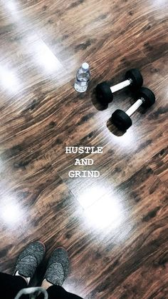 Never stop hustling & grinding 🏋🏻♀️ Fitness Inspiration, Story Inspiration, Creative Instagram Stories, Instagram Story Ideas, Hip Fat Exercises, Hustle And Grind, Insta Bio, Best Photo Poses, Snapchat Picture
